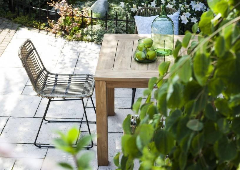 Meble tarasowe drewniane – rozwiązania do stylowego ogrodu