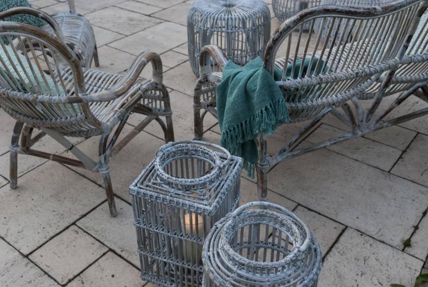 Lampa – rattan w Twoim ogrodzie