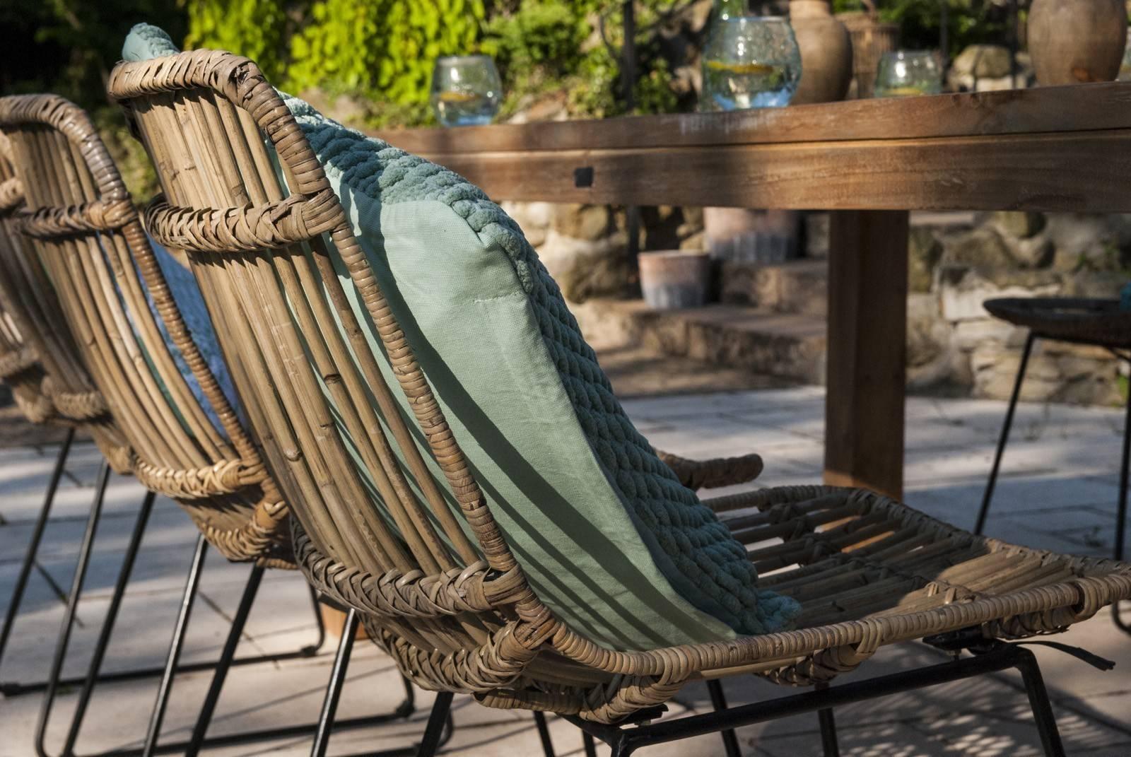 zestaw rattanowy na balkon z krzesłami DINAN
