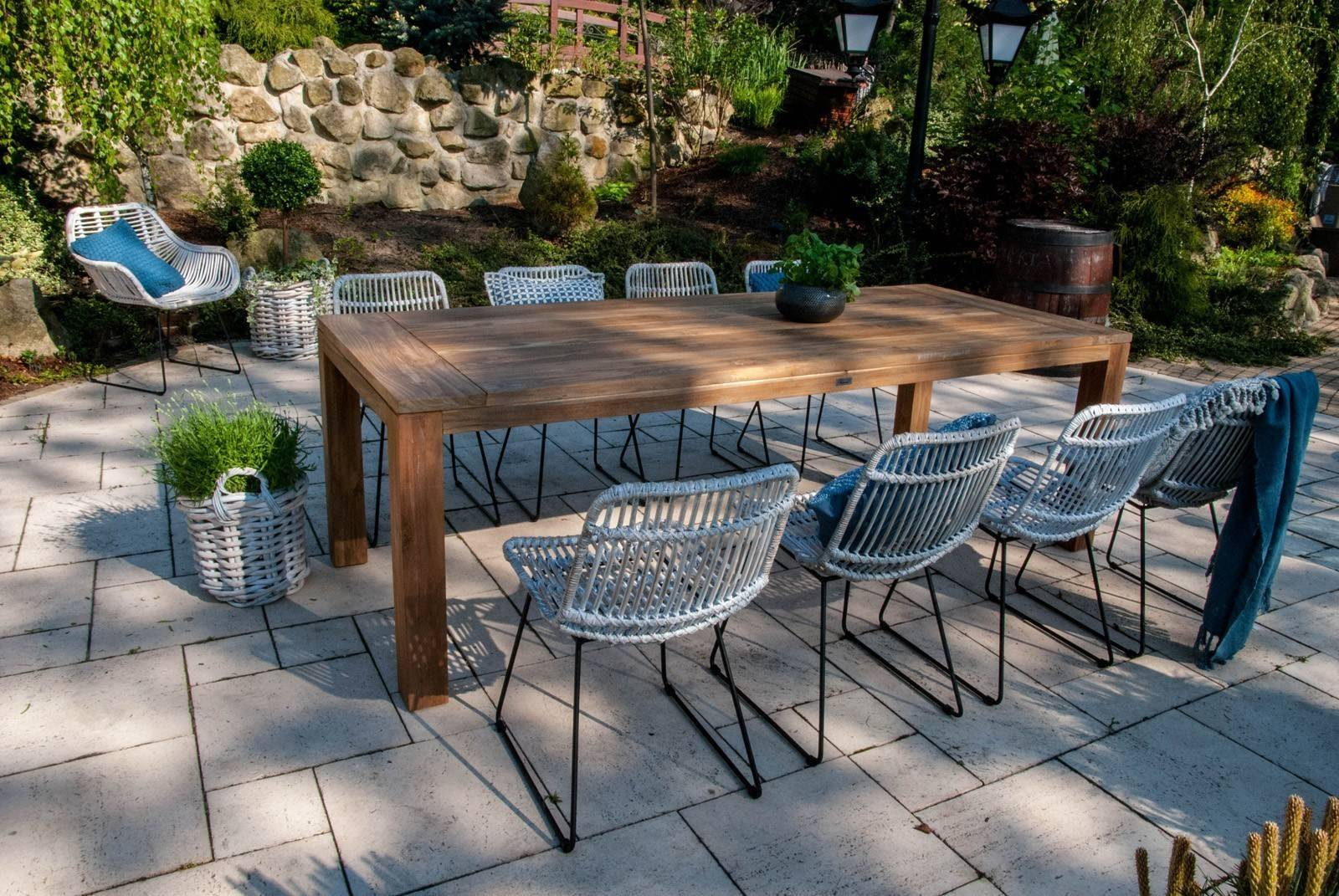 rattanowe meble ogrodowe ze stołem NIMES